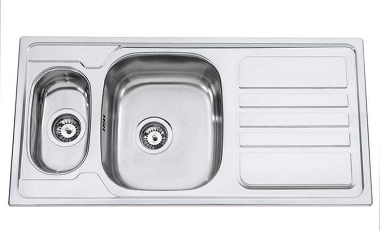 2.-Kuchynsky-drez-Sinks-Okio